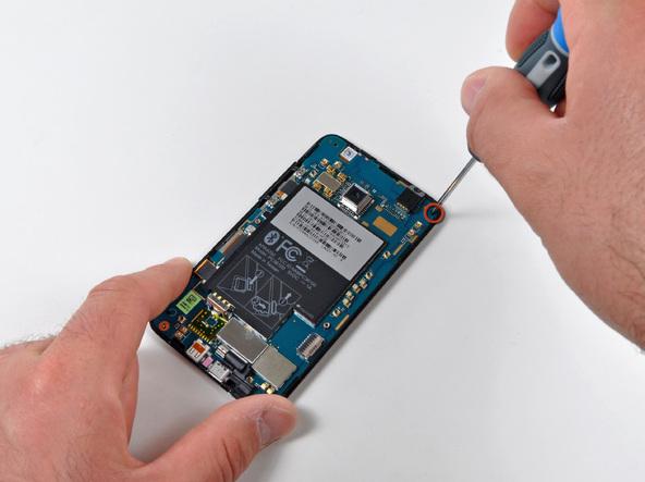 Как разобрать телефон HTC Evo 4G (14)