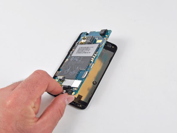 Как разобрать телефон HTC Evo 4G (15)