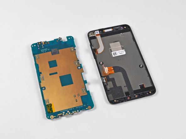 Как разобрать телефон HTC Evo 4G (18)