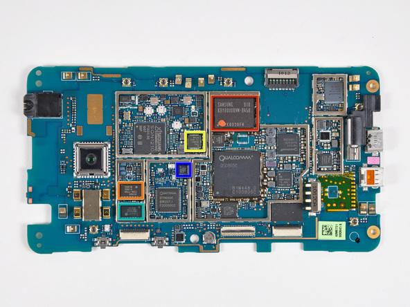 Как разобрать телефон HTC Evo 4G (28)