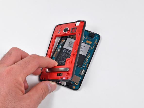 Как разобрать телефон HTC Evo 4G (10)